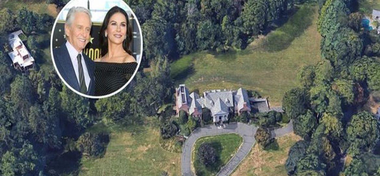 Майкл Дуглас купил дом на окраине Нью-Йорка за 285 млн рублей