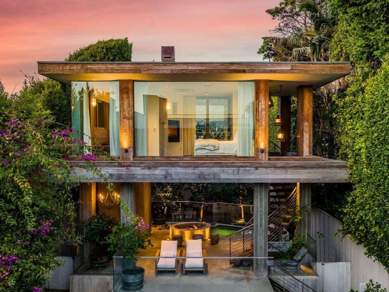 Памела Андерсон продает дом в Малибу за 14,9 миллиона долларов