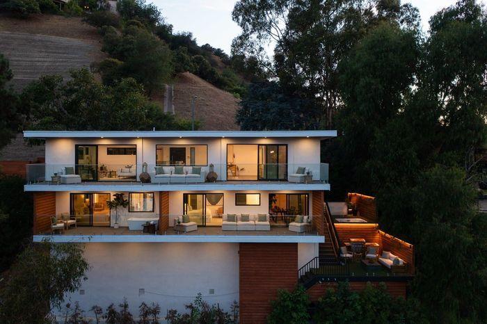 Луи Белл продал дом в Лос-Анджелесе за 3 млн долларов