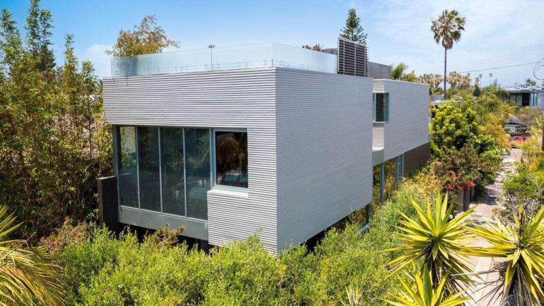 Дом Джона Мелфи в Калифорнии продается за 4,75 млн долларов