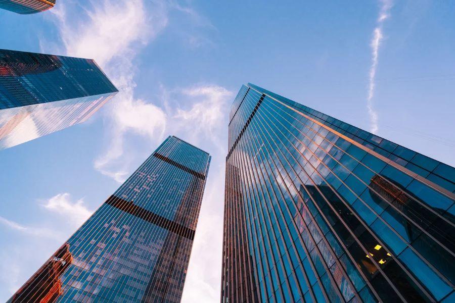 Компания ВР арендовала офис площадью 1,7 тыс. кв. м. в БЦ Neva Towers